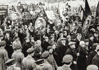 Un rassemblement en URSS en soutien à Georgi Dimitrov